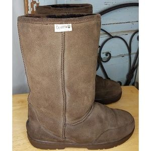 BearPaw brown suede leather boots